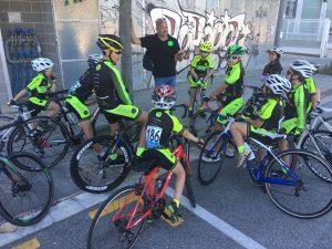 Segon lloc per equips de l'Escola de Ciclisme Vallès a Mataró