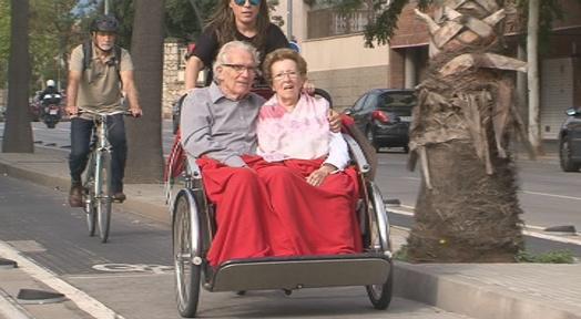 La Llar i Mossèn Homs ofereixen un servei de bicicleta per a les persones grans