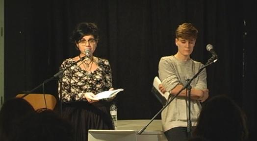 Les poetesses terrassenques Anna Gimeno i Cristina Merino, al Bau House