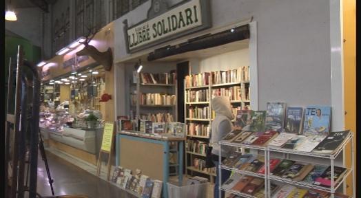 L'Associació Llibre Solidari obre una parada al Mercat de la Independència