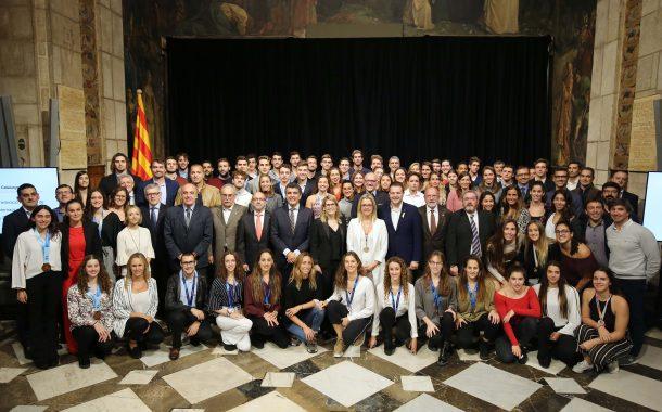 El CN Terrassa, homenatjat en la recepció de la Generalitat als medallistes internacionals en esports aquàtics