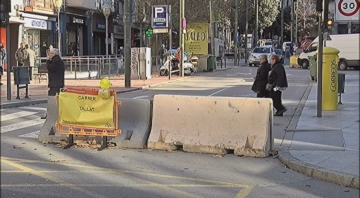 El Portal de Sant Roc es mantindrà restringit al trànsit fins que se'n garanteixi l'estabilitat
