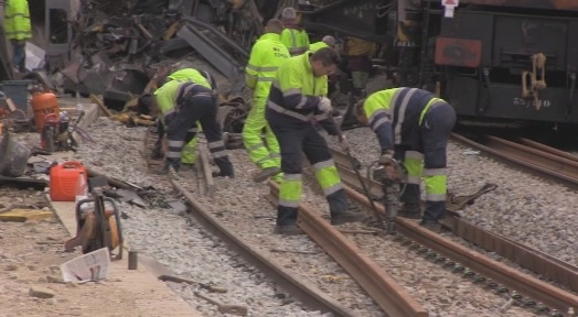 Segueixen els treballs per a restablir el servei a la línia R4 en les properes hores