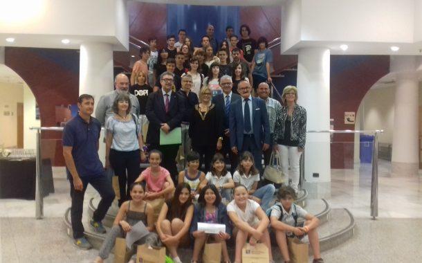 L'Institut Can Roca guanya el primer premi de la 12a edició de Consumópolis