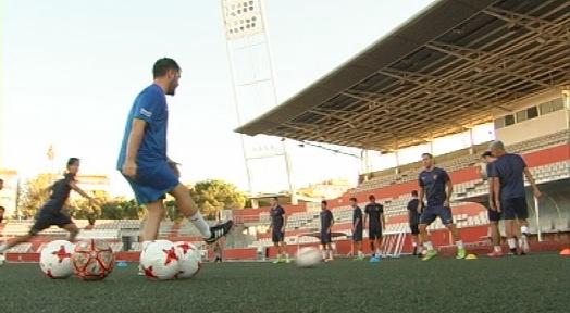 El Terrassa FC s'examina contra l'AE Prat en el seu debut a la Copa Catalunya