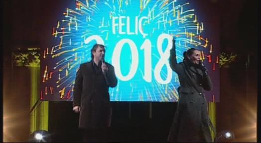 Terrassa rep el nou any 2018 amb una gran festa al Raval