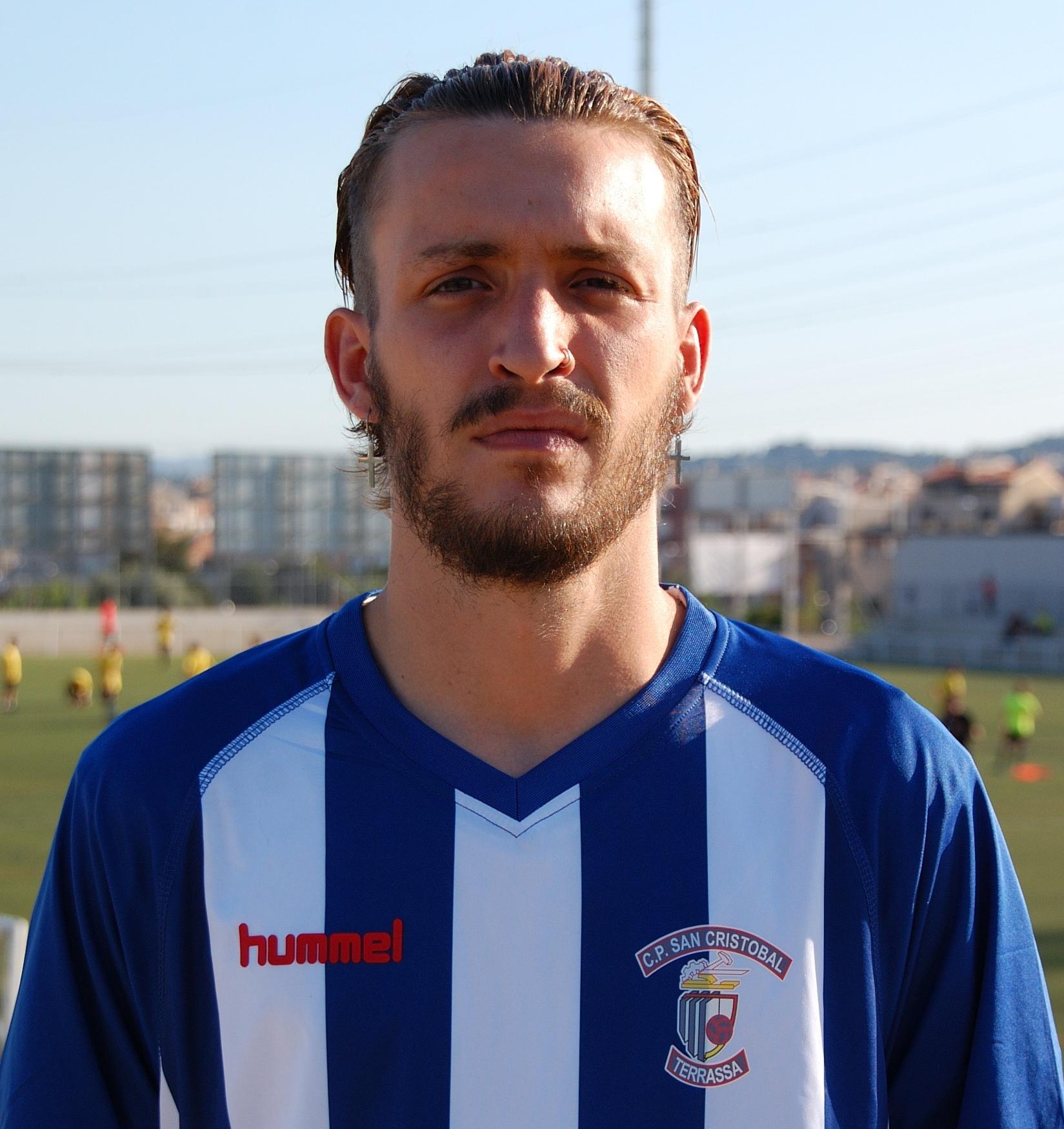 El defensa Àlex Alba, cinquè fitxatge d'un San Cristóbal que renova el davanter Hassen