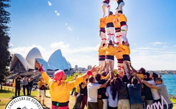 Els Minyons apadrinen una colla castellera de Sydney