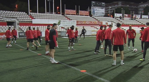 Terrassa FC i CP San Cristóbal busquen aquest diumenge entrar o acaronar el play-off d'ascens