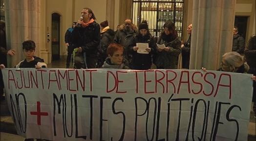 Solidaritat Antirrepressiva de Terrassa denuncia 'multes polítiques' de l'Ajuntament