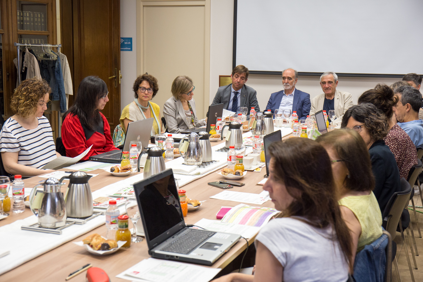Reunió del jurat de la 14a edició dels Premis Nous Professionals a la Cecot