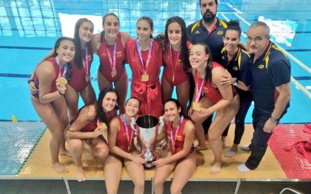 L'egarenca Noelia Cuenda, del CN Terrassa, campiona d'Europa cadet de waterpolo