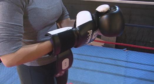 """El gimnàs AETT i l'Associació """"Amunt Dona"""" donen per acabat el taller de defensa personal per dones"""