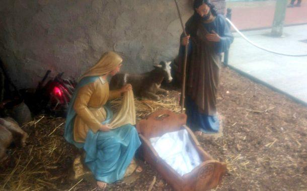 Substitueixen el nen Jesús del pessebre mentre s'investiga la desaparició de l'original