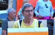 Mor Joan Crispi, l'home de la pancarta dels Cants de Llibertat