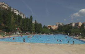 Les piscines municipals obren divendres i es recomana comprar les entrades amb antelació