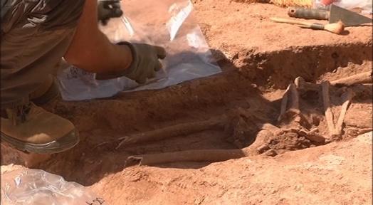 Descobreixen una necròpolis d'un miler d'anys en el subsòl del centre històric de Sant Llorenç Savall