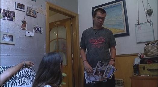Una família de Sabadell reclama una solució pel seu fill amb diversitat funcional