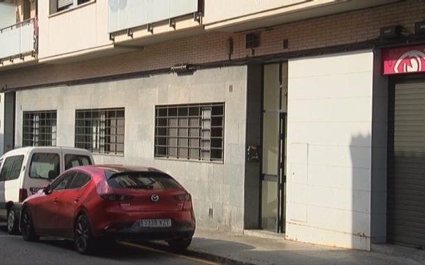 Els Mossos detenen dues persones en una operació en un habitatge ocupat