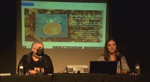 Marta Benedí presenta als Amics el seu llibre 'La niña en la botella'