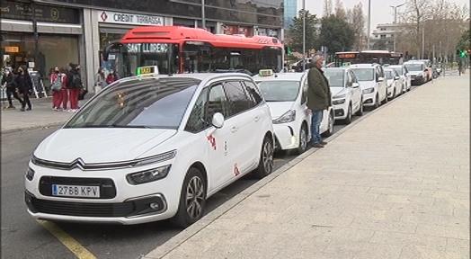 Els taxistes promocionaran la nova app de preu tancat entre els usuaris nocturns de cap de setmana
