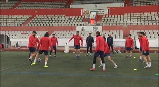 El Terrassa FC busca apropar-se una mica més a l'ascens davant un talentós Girona