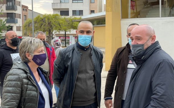 Carlos Prieto, subdelegat del govern a Barcelona, visita el barri de Can Palet