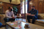 Reunió entre Ballart i Víctor Gutiérrez per abordar la LGTBIfòbia