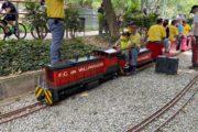 Vallparadís s'omple de trenets per la 25a trobada de vaporistes i modelistes de tren tripulat