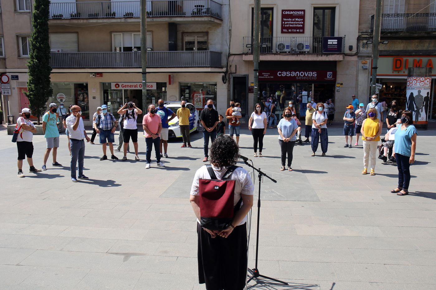 Minut de silenci per condemnar l'assassinat d'un noi madrileny amb síndrome d'Asperguer