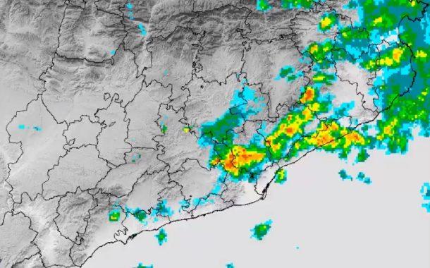 La intensa tempesta de matinada deixa 27mm en 30 minuts a Terrassa